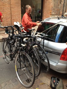 4 bikes and a Peugot